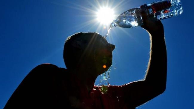 10 këshilla për t'i bërë ballë të nxehtit