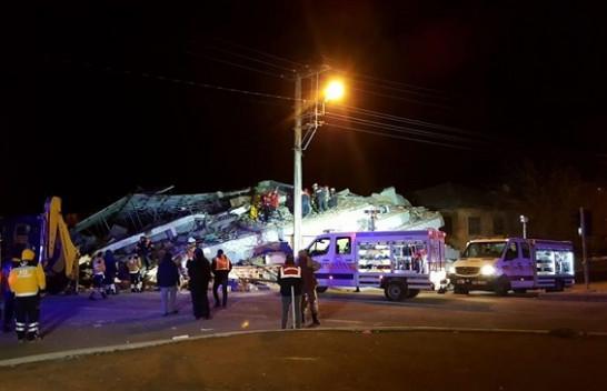 Rëndohet tragjedia e tërmetit në Turqi, shkon në 14 numri i viktimave