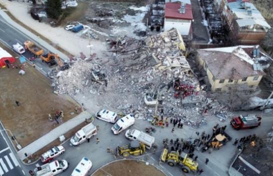 22 të vdekur mbi 1 mijë të lënduar nga tërmeti i fuqishëm në Turqi