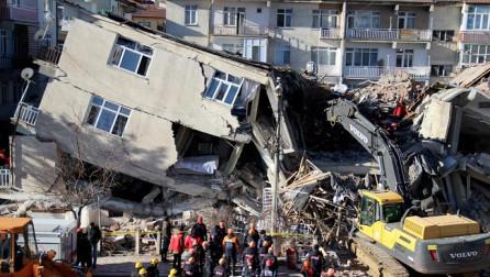 Tërmeti në Turqi, 29 të vdekur dhe mbi 1.000 të lënduar