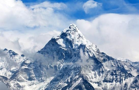 Everest nuk është mali më i lartë në botë?!